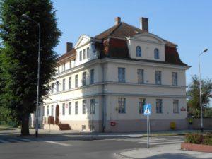 Budynek internatu od ulicy